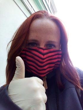 Bezpečnost především! Lenka Pavlíková, když musí vyrazit na nákup sobě, svému tatínkovi i tchyni.